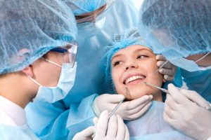 2014-02-25-04-20-hirurg1